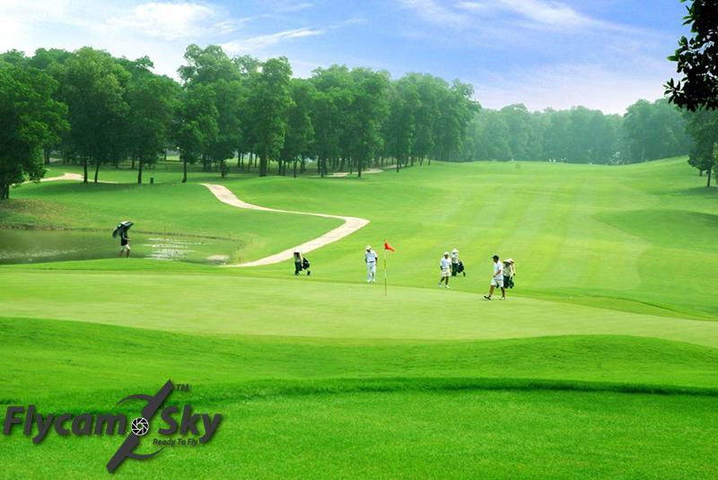 Nhận giới thiệu sân golf đồng mô